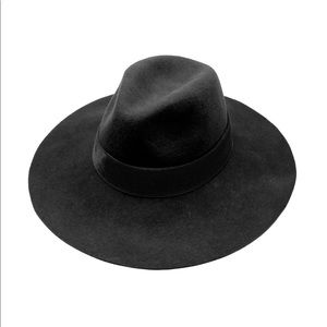 Michael Stars VaVa wool hat in Grey